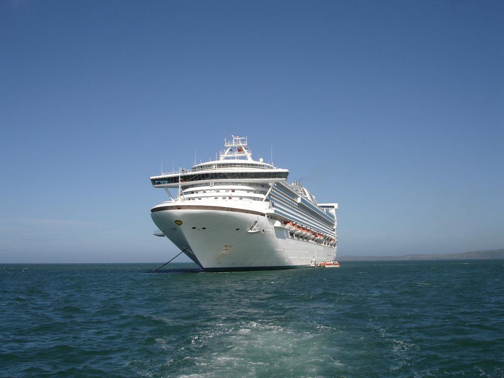 Utah Man Killed Wife On Alaska Cruise Because She Would Not Stop - Man dies on cruise ship