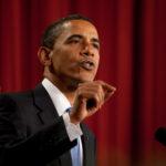 Barack_Obama_speaks_in_Cairo,_Egypt_06-04-09 (1)