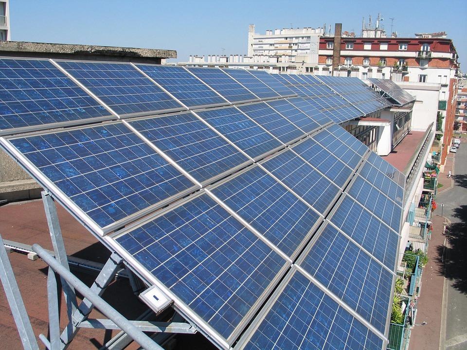 solar-panels-894291_960_720-1.jpg