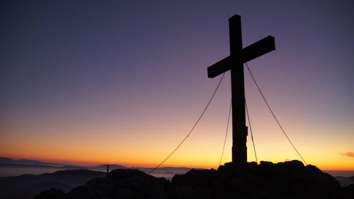 summit-cross-225578_960_720 (2)